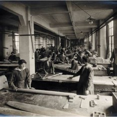 Women workers in the carpentry workshop at the Alliance Aeroplane Company Ltd, Cambridge Grove. | Hammersmith and Fulham Archives
