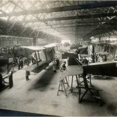 Main erection shop in the manufacture of DH9 bombers at the Alliance Aeroplane Company Ltd, Cambridge Grove. | Hammersmith and Fulham Archives