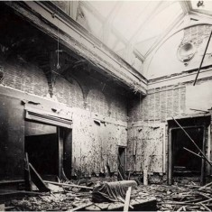 Damage to interior of gallery at Royal Academy, Burlington House, Piccadilly, as a result of a daylight aeroplane raid on 28 November 1916. | City of Westminster Archive Centre