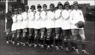 A line-up of the Dick, Kerr's Ladies, taken in 1921. Lily Parr is on the far right. | Wikipedia
